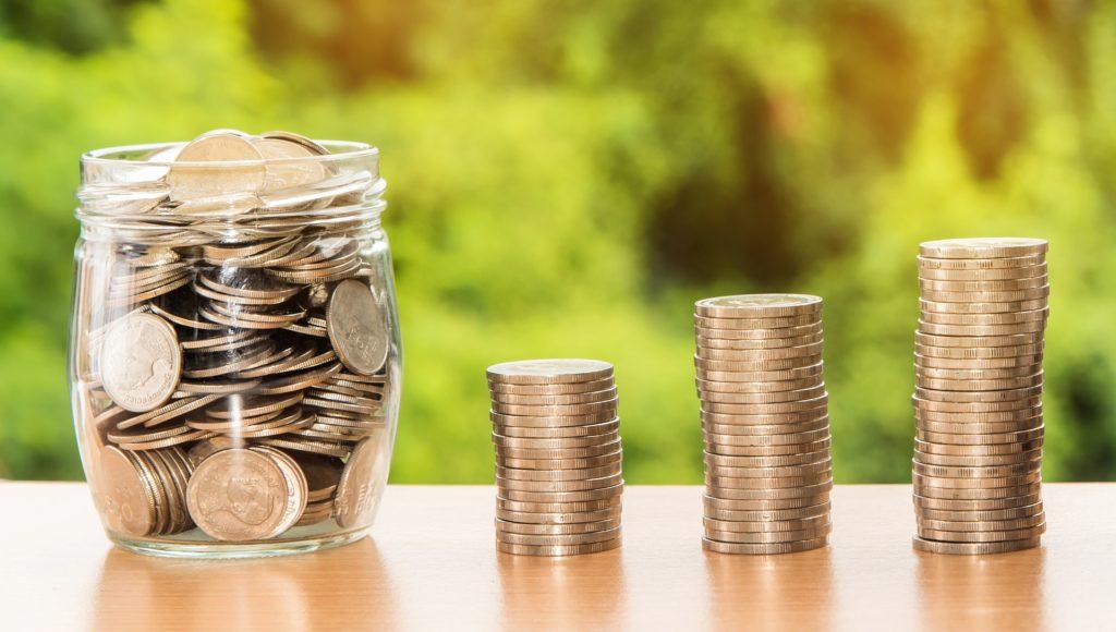 pożyczka czy kredyt - co wybrac - supergrosz