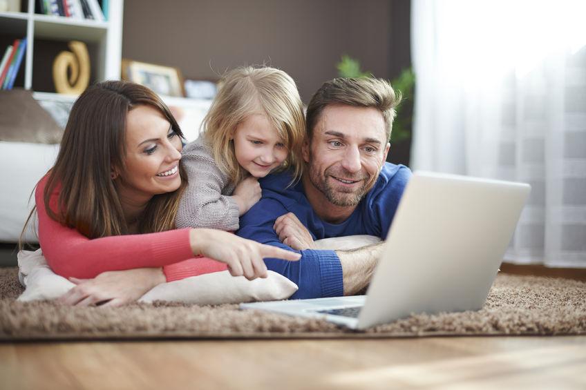 Jak wygląda wnioskowanie o pożyczkę na raty przez internet?